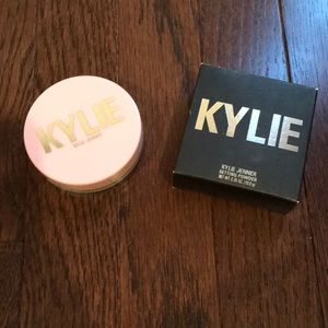 Kylie Cosmetics Translucent Powder
